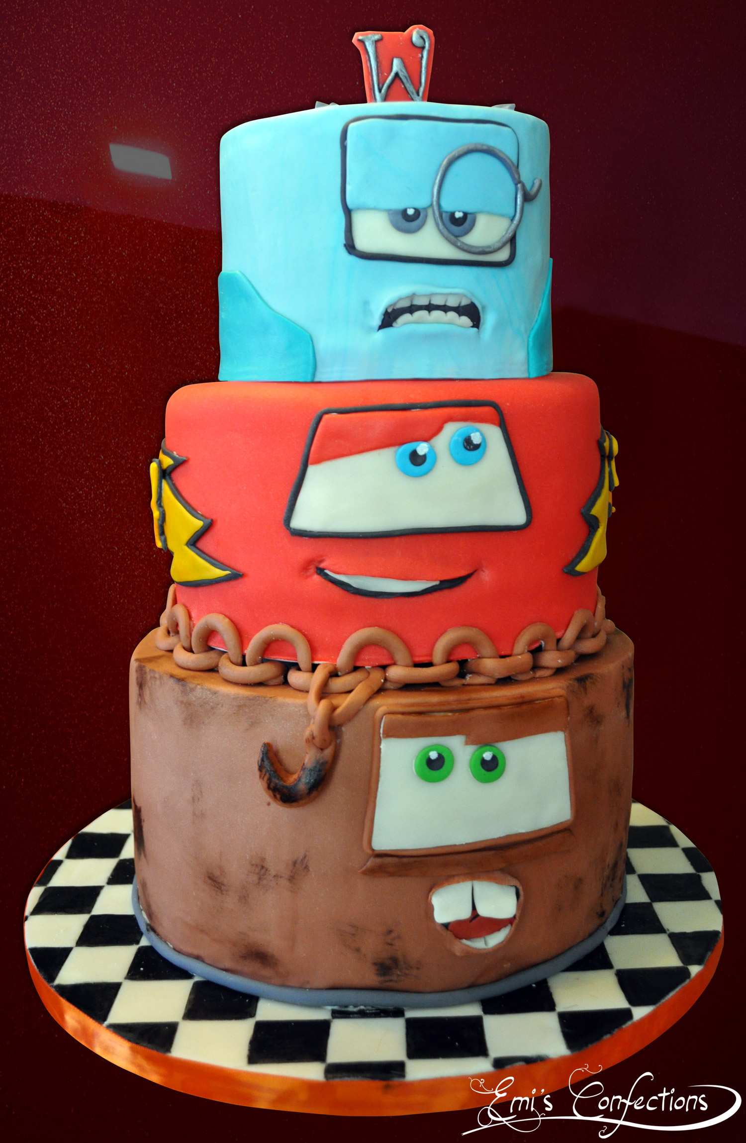 Cars 2 Cake with Tow Mater, Lightning McQueen and ...