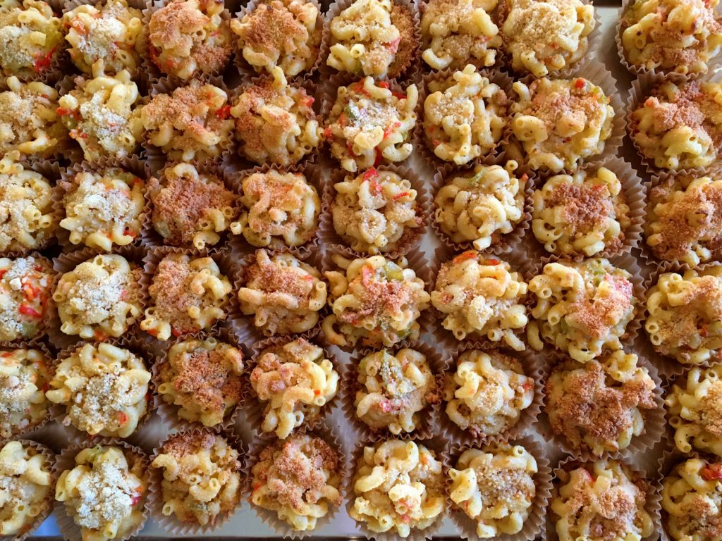 Mac-and-cheese-muffins-1500x1125b