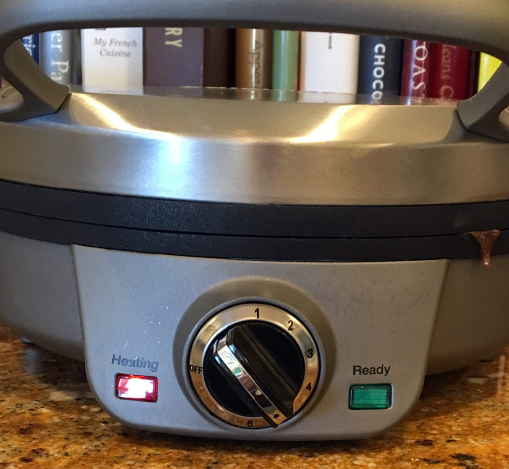 waffle-iron-1200x1105